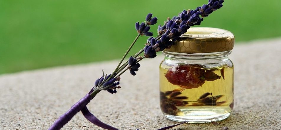 lavendar oil,cbd bath