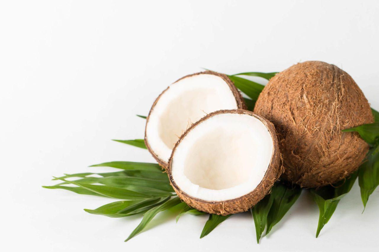 5 Reasons To Love CBD Coconut Oil